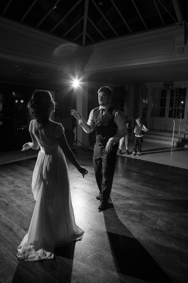 reportage wedding photographer saddleworth