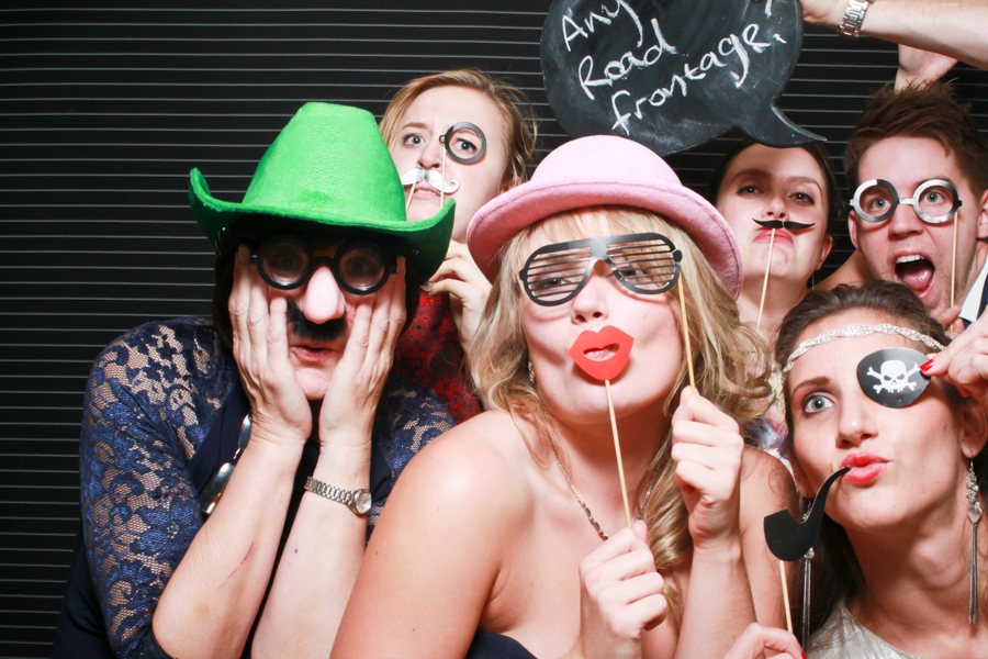 wedding photo booth saddleworth